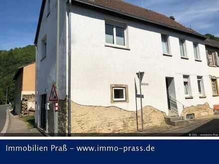 Top-Gelegenheit! Renoviertes Einfamilienhaus (Praxis) in Odernheim zu verkaufen!
