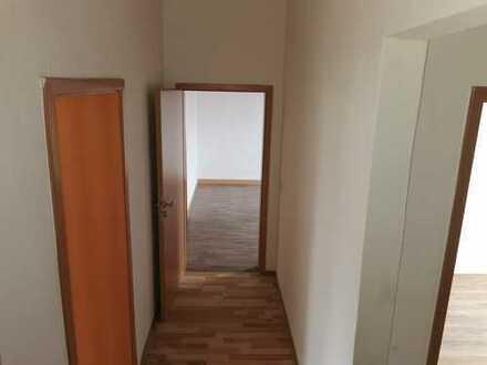 3 Zimmerwohnung frisch saniert