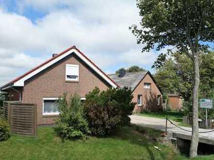 Zwei Häuser mit kleiner Hausweide direkt an der Nordsee - Perfekt für Ferien mit Tieren -