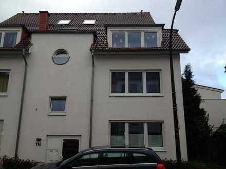 Gepflegte Maisonettewohnung im 6-Parteien-Wohnhaus