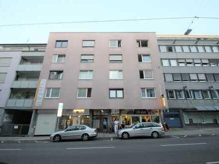 Gemütliche 2-Zimmer Wohnung mit Tiefgaragenplatz im Zentrum von Stuttgart