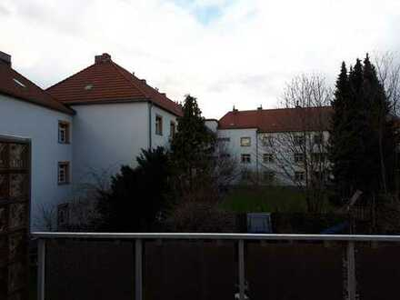 Erstbezug nach Sanierung: ansprechende 3-Zimmer-Wohnung mit Balkon in Bickendorf, Köln