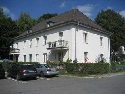 Ruhig gelegene 4 Zimmer Wohnung OG & eigener Garten, 93,80m², EBK, Kladow,