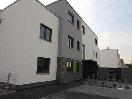Neubau/Erstbezug, schicke Penthouse-Wohnung in Ginsheim zu vermieten!