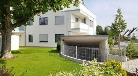 Neuwertige 4-Zimmer-Wohnung mit Balkon und Einbauküche in Tannheim