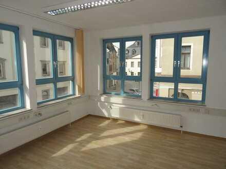 Große, moderne Büroeinheit im Glauchauer Stadtzentrum