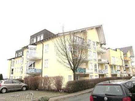 *BIRI* - Super 2-Raum-Wohnung mit Fernblick in Neundorf