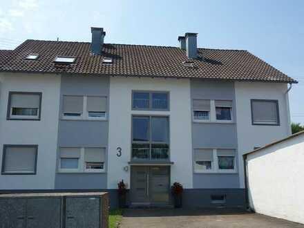 2 Zi. DG-Wohnung mit PKW Außenstellplatz