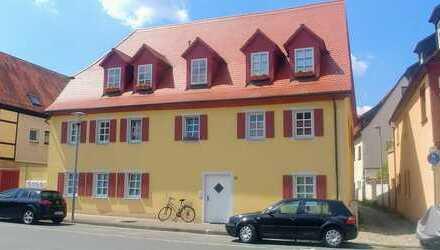 Unverwechselbarer Charme eines denkmalgeschützten Hauses - Maisonettewohnung im Herzen Baiersdorfs