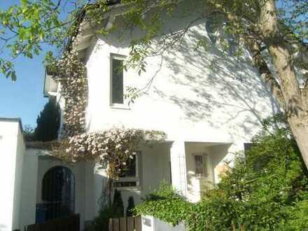 Sonniges ruhiges Haus in Freimann nähe Isar/engl. Garten