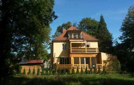 2-Familienhaus hinter dem Nymphenburger Schlosspark