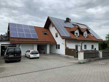 Nachmieter zum 01.07. gesucht! 3-Zimmer-Maisonette mit Balkon und Gartenanteil in Pflaumdorf