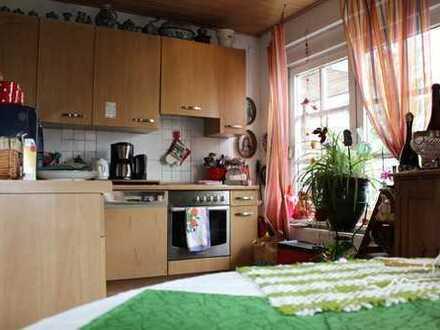 Heimelige Wohnung mit Terrasse im Erdgeschoss