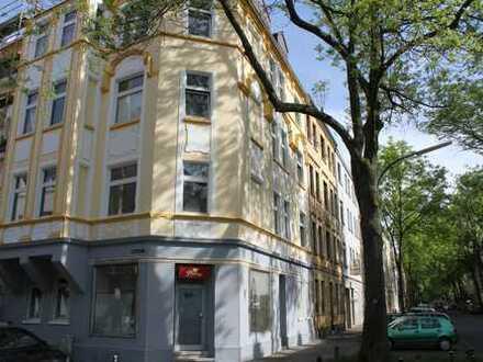 Schöne und großzügige 4,5 Zimmer Wohnung direkt am Nordmarkt