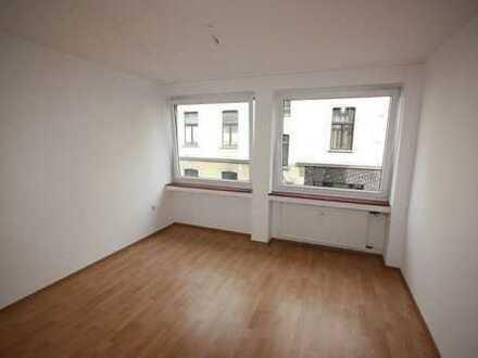 Nippes zentrale, helle 2 Zimmerwohnung (keine WG)