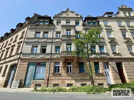 Große 3-Zimmer-Wohnung - denkmalgeschützt - unverbaubarer Blick ins Grüne