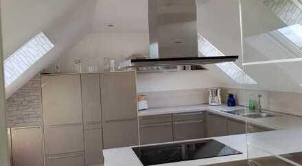 Neuwertige 4-Zimmer-Wohnung mit Terrasse und Einbauküche in Alsfeld-Elbenrod