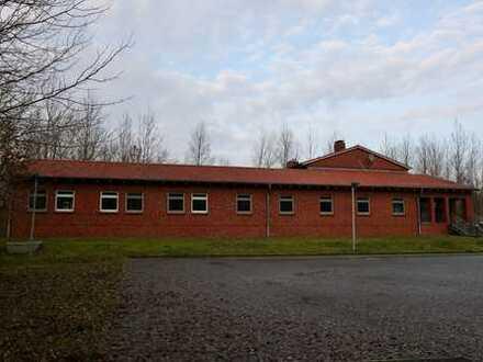 1292 m² Gebäude für Büros / Schulungen / Übernachtungen