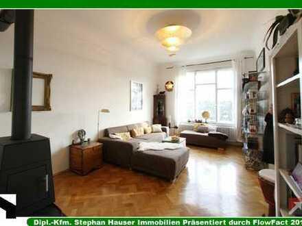 GLOCKENBACH:Exklusive 3-Zi-Jugendstilaltbauwhg+hohe Räume+Schwedenofen+Fischgrätparkett+EBK+W-Balkon