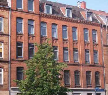 Schrevenpark! 3-Zimmer Altbauwohnung mit Balkon! WG-geeignet!