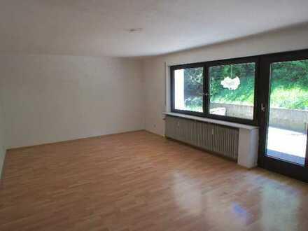 /// Neu renovierte Terrassenwohnung mit Garage ///
