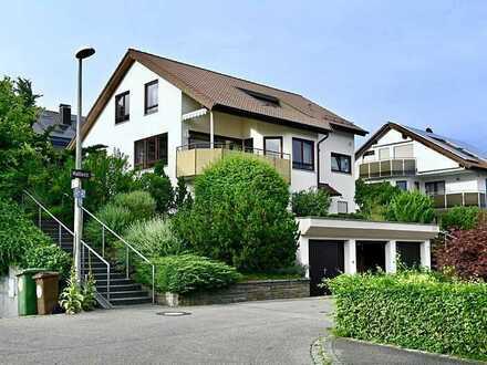 Günstiges, großes und gepflegtes 5-Zimmer-Haus mit EBK in Stuttgart