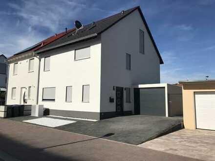 1.700 €, 170 m², 5 Zimmer