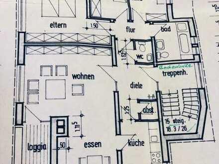 Erstbezug nach Renovierung, 100 qm Wohnung mit Balkon und Dachterasse
