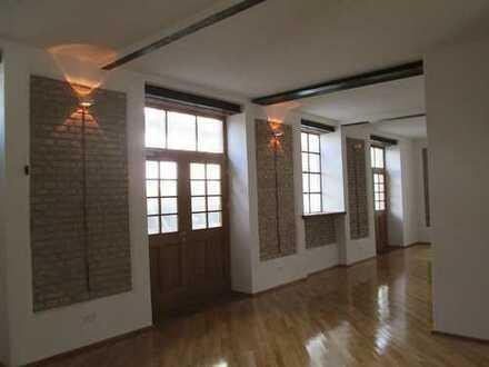 Loft/Praxis/Büro Neuhausen auf 2 Ebenen mit historischem Gewölbe