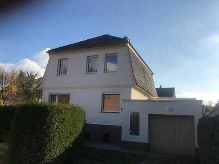 Charmantes Haus mit fünf Zimmern in Berlin (Lichtenrade) - Erstbezug nach Kernsanierung