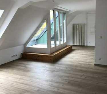 Bild_**frisch sanierte 4- Zimmer Maisonette Wohnung mit Terrasse und Gäste-WC**