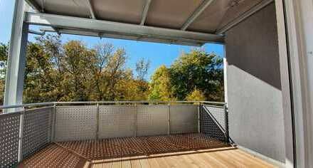 ...Erstbezug - 3-Zimmer-Wohnung mit EBK und 12m² überdachtem Balkon...