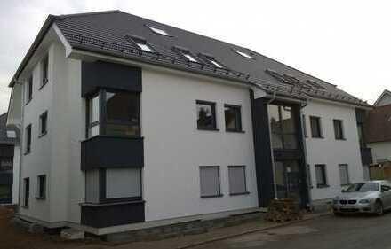 Attraktive helle 4-Zimmer Wohnung m TG Stellplätze in ruhiger Lage OHNE MAKLER