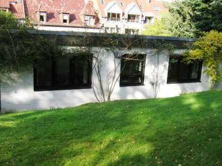 Schöner 3,5 Zimmer Bungalow in Annweiler, zum Wohnen aber auch zur gewerblichen Nutzung geeignet