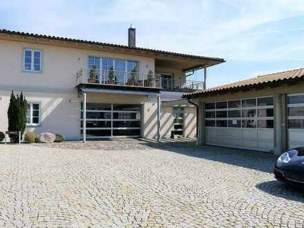 Wohn-/Geschäftshaus Gesamtfläche 613 m² (Wfl.ca.175m²/Gewerbefl.ca.438 m²), Ortsrandlage, Flintsbach