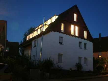 Außergewöhnlich charmante und sehr große 3,5 Zimmer – Maisonettewohnung in Sindelfingen / Darmsheim/