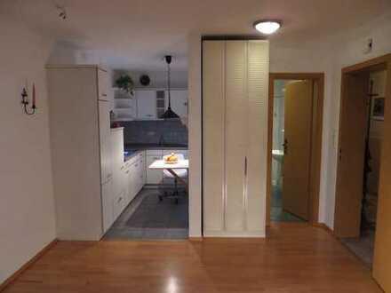 Chemnitz- Reichenhain: 2 Zimmer, Wohnfläche 46 qm, Provisionsfrei. Helle, schön geschnittene Wohnung
