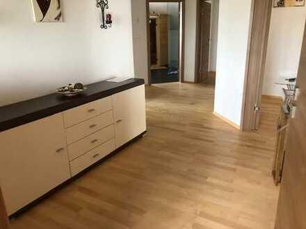 Schöne, geräumige zwei Zimmer Wohnung in Kammeltal für Referendare/Wochenendheimfahrer