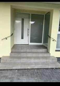 750.0 € - 180.0 m² - 5.0 Zi.