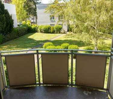 schön gelegene FREIE 3-ZW mit BALKON und Gartenblick wartet auf Sanierung