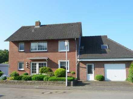 Sehr gepflegtes Einfamilienhaus mit Einliegerwohnung