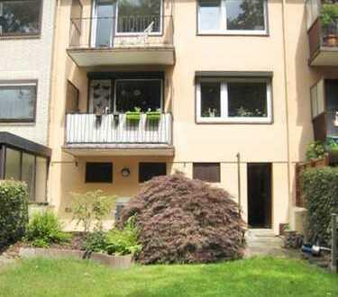 Schmuckes renoviertes RH ( z.Zt. 2 WE )- 2 Balkone, idyll. Garten-ebenerdig Keller-Garage