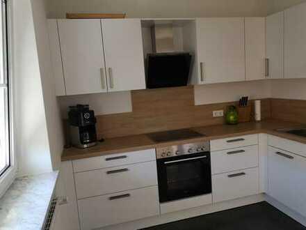 Neu renovierte 3-Zimmer-Wohnung mit Balkon und Einbauküche in Oberstimm