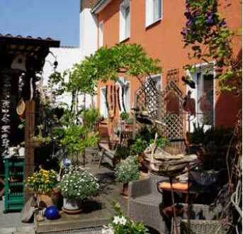 Traditionsreicher Pensionsbetrieb mit separater Betreiberwohnung in Oberdollendorf zu verkaufen