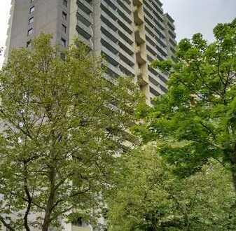Stilvolle, sanierte 1-Zimmer-Wohnung mit Balkon in Mainz