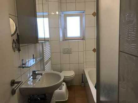 KL - Katzweiler, 3 ZKB, Tageslichtbad, Einbauküche, Balkon, Stellplatz