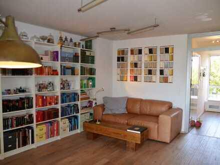Wunderschöne, individuelle & helle DG-Maisonette Wohnung mit TG-Stellplatz in sehr gepflegtem MFH!