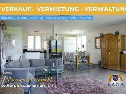 Repräsentative Penthouse mit Blick auf Hambacher Schloss · Ortsrandlage · Gehobene Bauqualität
