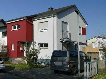 Sonnendurchflutetes Doppelhaus in Bensheim (Stadt)