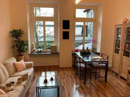 Wunderschöne 3 Zimmer Wohnung in einer Seitenstr. der Friedrichs Engels Allee